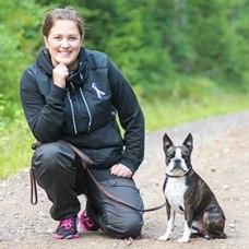 Beatrice Pettersson och hunden Otto