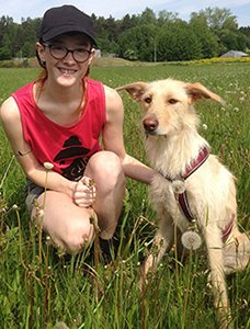 Ebba med hunden Cleo