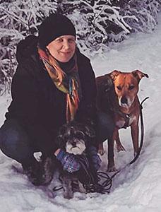 Julia Lång med två hundar